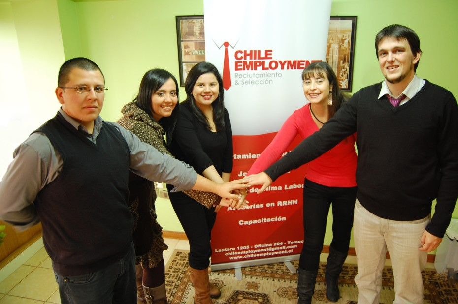 Equipo Chile Employment